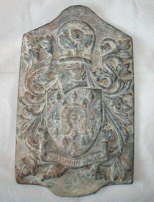 "Vintage ""COUNTY OF RUTLAND"" Coat of Arm Heraldic Cast Lead Wall Plaque"