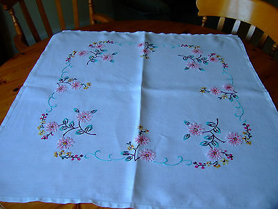 """A Beautiful Vintage White Linen Hand Embroidered Tablecloth.34""""square.Superb!"""
