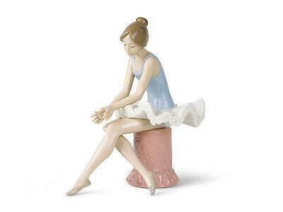 Nao By Lladro Sitting Ballet Dancer Brand New In Box #1179 Girl Free Shipping
