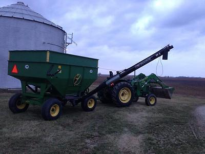 J&M 250-7 Gravity Bed  1065 John Deere Running Gears  Unverferth Box Auger Corn