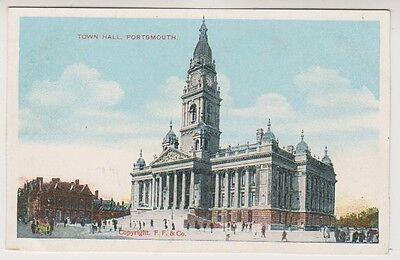Hampshire postcard - Town Hall, Portsmouth