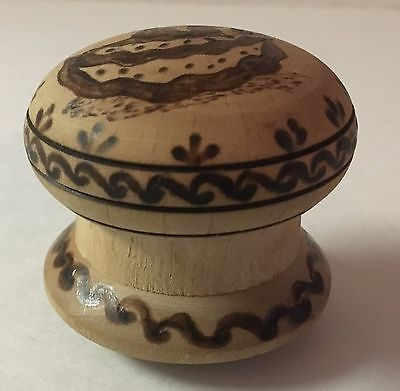 Vintage Signed Cate' Hand Painted Spanish Dancing Couple Thread Spool?