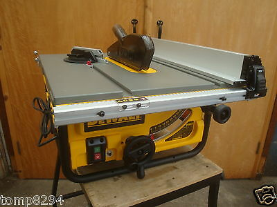 "Dewalt 240V 1850W Dw745 250Mm 10"" Table Saw + De1000 Universal Stand"