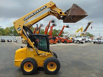 "John Deere 250 Turbo ""enclosed Comfort Cab"" Skid Steer Wheel Loader - Big 64 Hp"