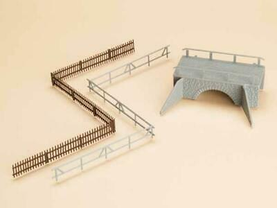 BNIB 42555 OO HO Gauge Small Stone Bridge Kit