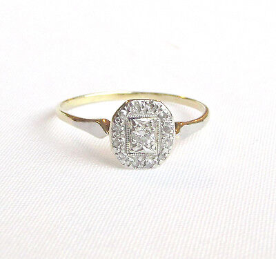 Old vintage 18ct gold diamond ring size O