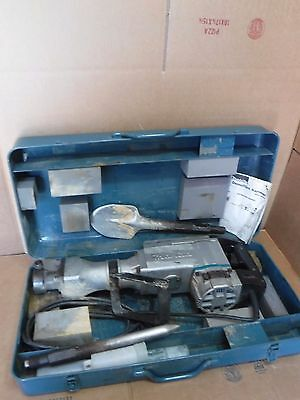 Makita Model Hm1500 Demolition Hammer With 2 Bits And Case