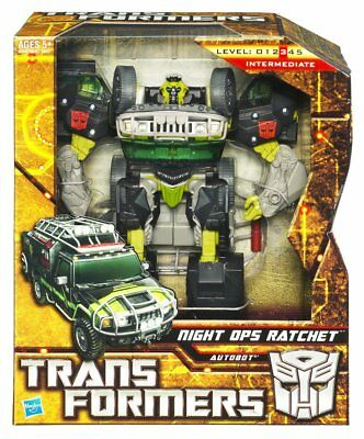 NEW! Transformers Generations Voyager: Night Ops Ratchet
