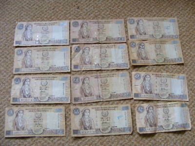 CYPRUS £1 POUND LIRA Banknotes 1997 - 2001 Lot of 12 mixed circulated condition