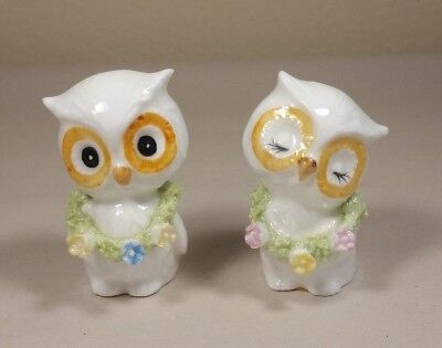 2 Miniature Spaghetti Trim White Owls
