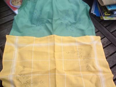 2 x Vintage Printed Mats for Embroidery Floral Designs Green & Yellow