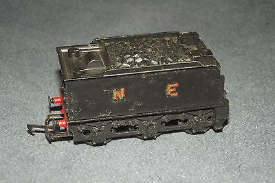 Triang Hornby R39  N  E   TENDER.  Built in Britain.