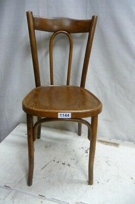 1144. Alter Bugholz Stuhl Old wooden chair