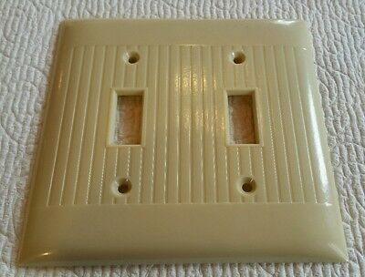 Vintage Mid Century BAKELITE Double Toggle Light Switch Plate Cover Ribbed Line