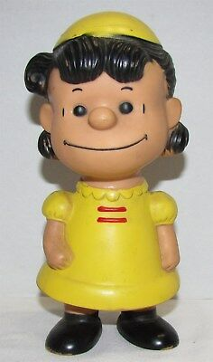 Hungerford Peanuts Lucy Vinyl Figure