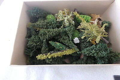 N Scale Trees X 50 And Hedges X 7