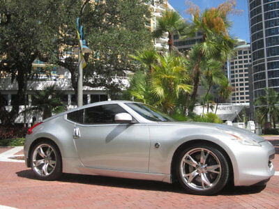 2009 Nissan 370Z Touring Navigation Bluetooth Rear Spoiler Sport Pa Florida Extra Nice 2009 Nissan 370Z Touring Sport Package Navi Amazing Condition