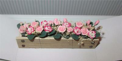 Miniature Dollhouse 1:12 Scale Pink & White Roses In Window Box - A407