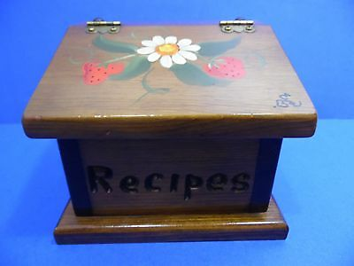 """Vintage Wooden Recipe Card Box Hand Painted Strawberry Design Holds 3.5""""X5"""""""