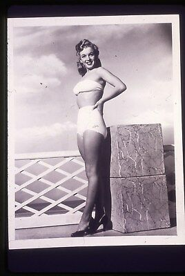 35mm B&W transparency/slide pin-up photo of young marilyn monroe taken in 1946.
