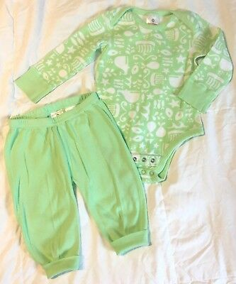 HANNA ANDERSSON unisex green grow with me bodysuit and pants 70 6 12 mos
