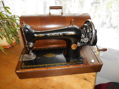 1930 Singer Bentwood Case Hand Operated 66K Sewing Machine For Restoration
