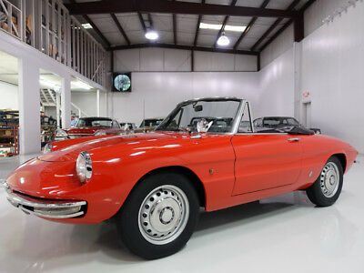 1966 Alfa Romeo Duetto Spider Convertible | Believed to be 41,070 actual miles 1966 Alfa Romeo Duetto Spider | Gorgeous Pininfarina bodywork