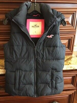 HOLLISTER Women's Navy Zip Up Down Puffer Vest With Hood Size Small
