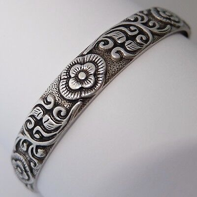 Fine Antique Chinese Engraved Solid Silver Flower Cuff Bracelet