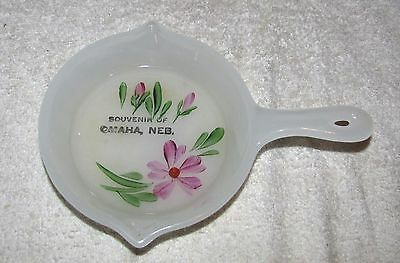 Omaha, Ne.--Souvenir Of Omaha, Neb.--Hand Painted Clambroth Glass Skillet