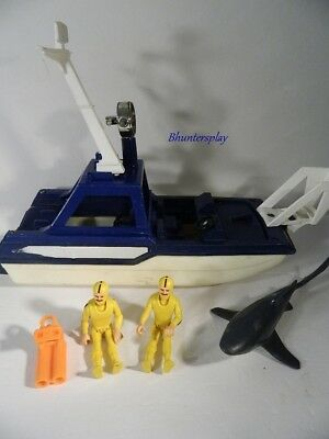 1980 Fisher Price Adventure People Sea Shark Boat with Accessories
