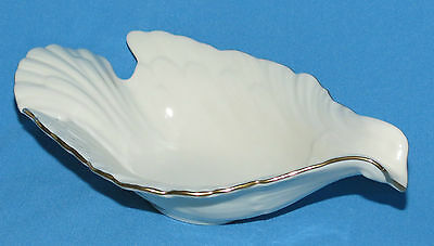 """Lenox Gold Trimmed Dove Candy Nut  Dish 8""""   Made in USA"""
