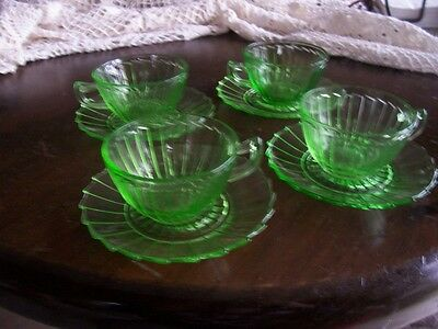 Sierra Pinwheel green cups and saucers (4 sets)