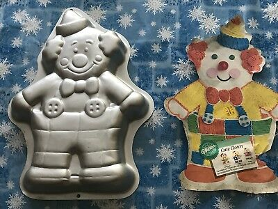 Wilton 2105-6711 Cute Clown Cake Pan Used with Insert