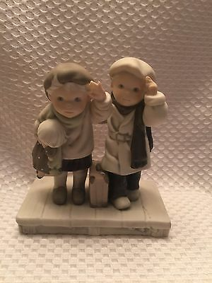 Enesco PRETTY AS A PICTURE FIGURINE Thursday's Child Has Far To Go 9524125
