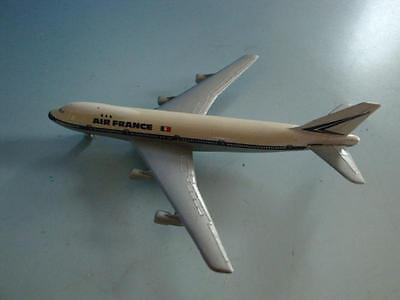 1115A1-401: Schuco Modell Flugzeug Boeing 747 Air France