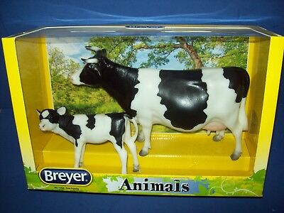 Breyer Animals #1732 COW FAMILY - Traditional 1:9 Scale Cow and Calf NRFB sealed
