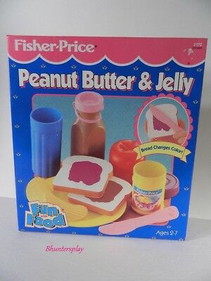 1993 Fisher Price PEANUT BUTTER & JELLY SANDWICH Fun With Food play set NEW