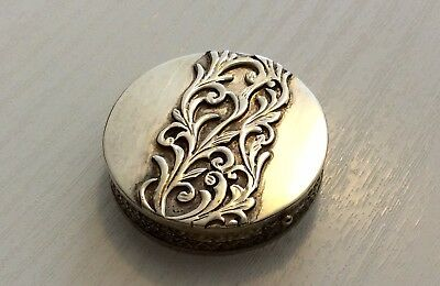 Beautiful Ladies High Quality Signed Vintage Heavy Solid Silver Pill Box Trinket