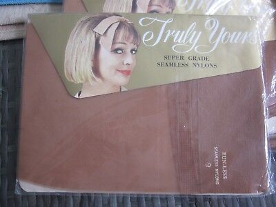 vintage 1960s TRULY YOURS runless seamless NYLONS STOCKINGS Nutmeg size 9 NEW