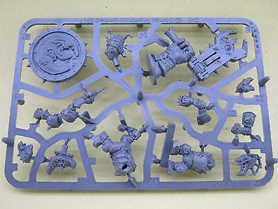 Blood Bowl 2016 - Goblin Sprue A + Bases - 2 Players + Extras