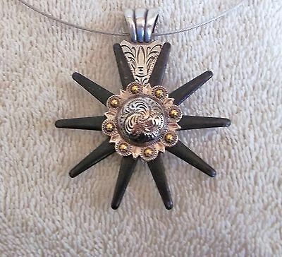 Necklace Western Cowgirl Choker Chunky Pendant Spur Rowel n/g berry