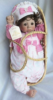 "Lee Middleton Doll FIRST MOMENTS AWAKE - PINK 18"", Very Cute & MIB"