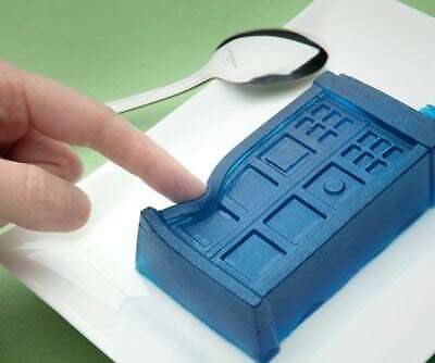 2 set Lot Dr Doctor Who Tardis Silicone Ice Cube Tray Jello Mold Chocolate Cake