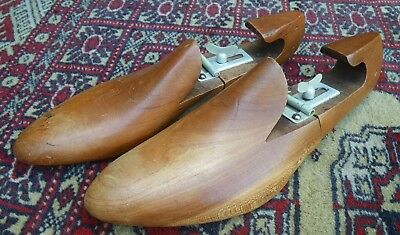 Pair Of Vintage Polished Wooden Adjustable Shoe Trees~Great Prop~Display~Decor