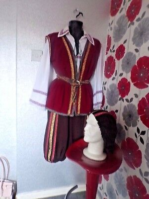 Quality Hand Finished  Medieval /tudor Robin Hood  Style Outfit Size Ml