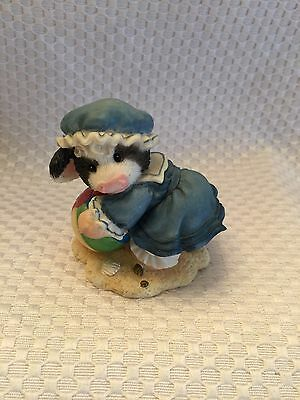 "Mary's Moo Moos 1996 ""Moo And Me By The Sea"" #257532 Enesco Beach Ball in Sand"