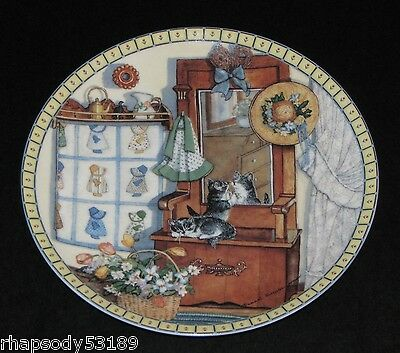 Mirror Mischief - Hannah Hollister Ingmire Cozy Country Corners Plate 1991 cats
