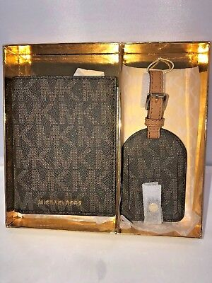 Michael Kors Signature Jet Set Giftables Passport Wallet & Luggage Tag in MK Box