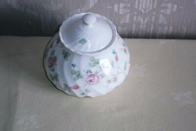 Wedgwood ROSEHIP Sugar Box.